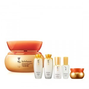 Kem Nhân Sâm Cô Đặc Sulwhasoo Concentrated Ginseng Renewing Cream (50g) + Sulwhasoo Basic Kit